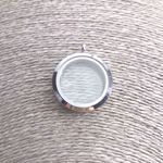 simple-locket-round-sute-jewelry