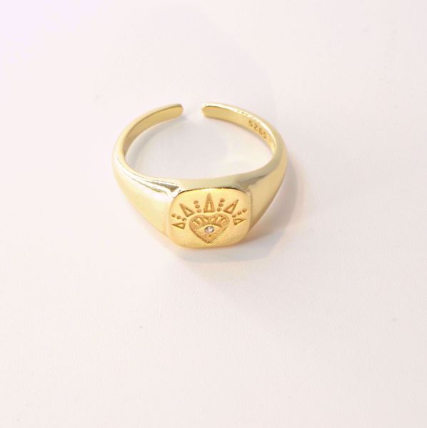 heart-signet-ring-sute-jewelry