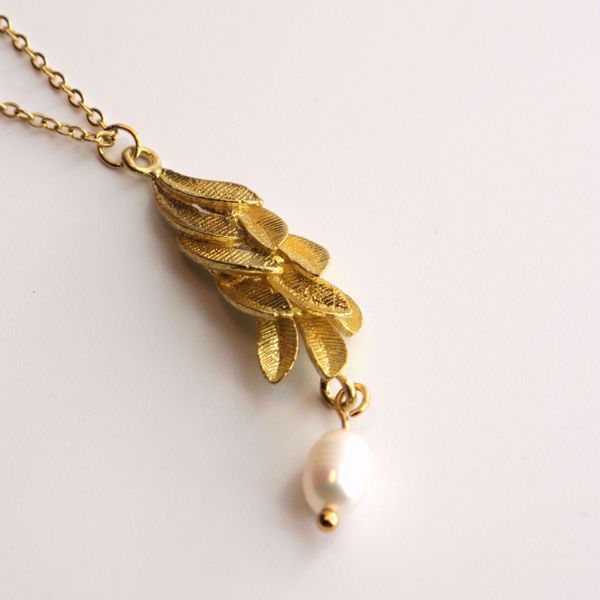 leaves-pearl-golden-necklace-sute-jewelry