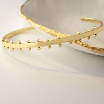 armour-golden-bracelet