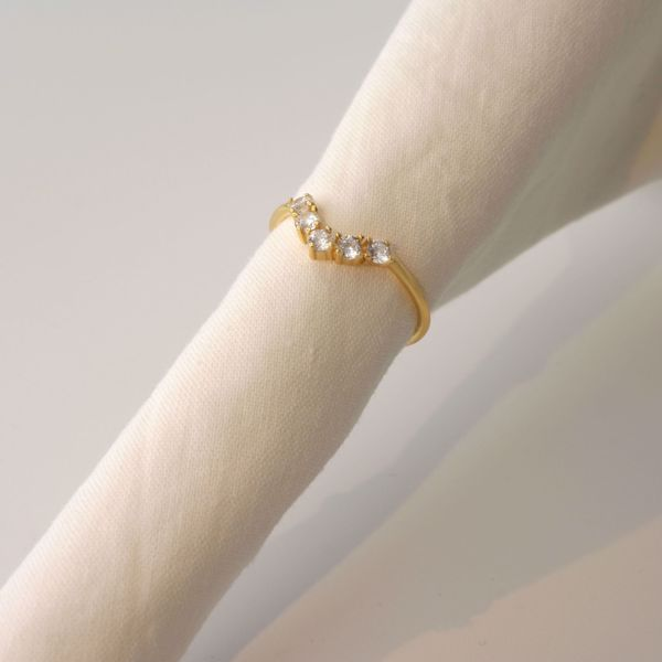 Picture of Semi-circle golden ring