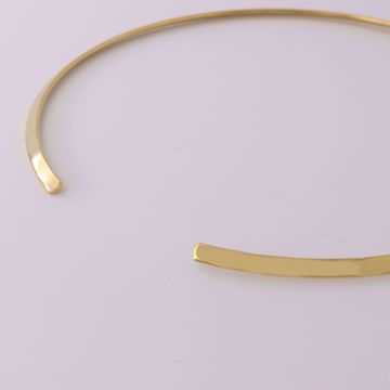 Picture of Rigid choker necklace | golden