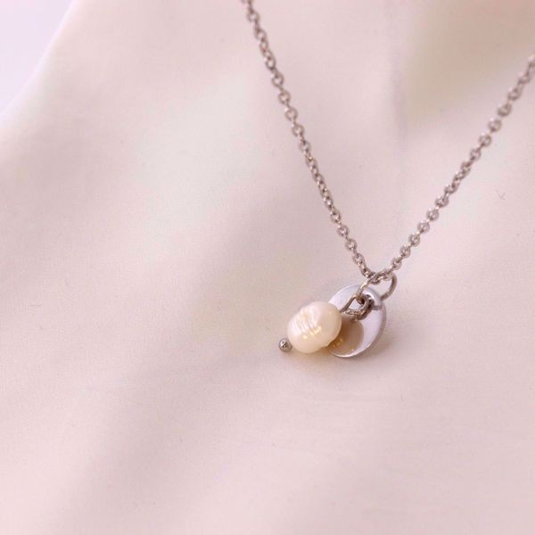 pearl-coin-silver-necklace