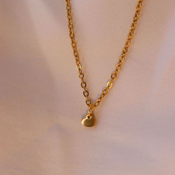 Picture of Little heart necklace | golden