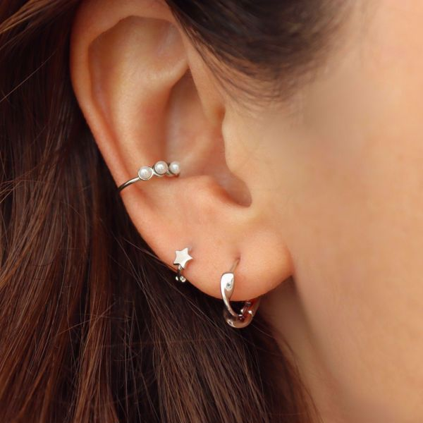 Picture of Pearls ear cuff | silver