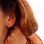 Picture of Beatriz beads huggie earring | golden
