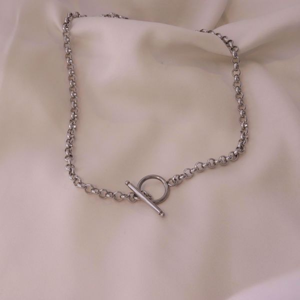 Picture of Anita choker necklace