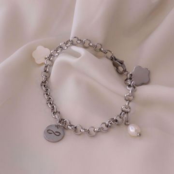 Imagem de charm bracelet infinite | silver
