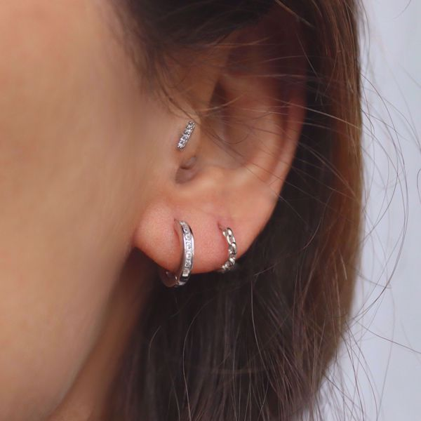 Picture of Chain huggie earring | silver