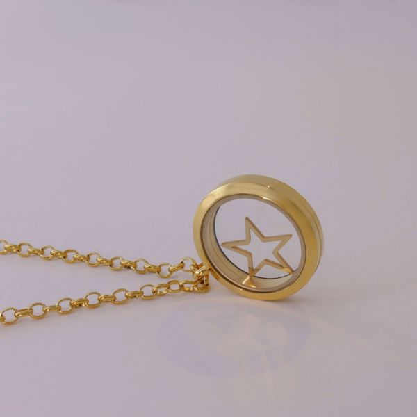 Picture of Star locket necklace | golden