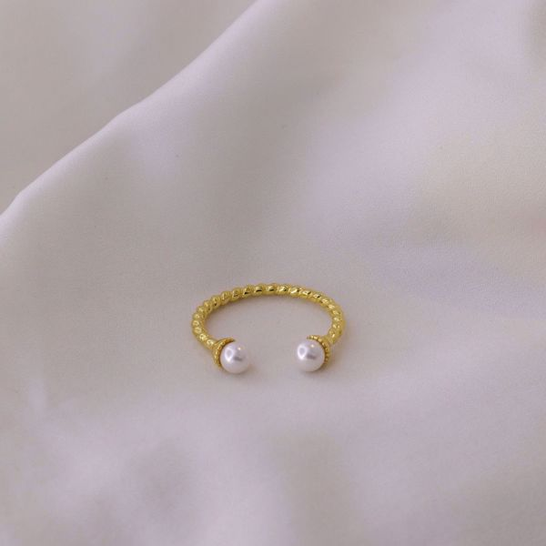 Picture of Emilie ring | golden
