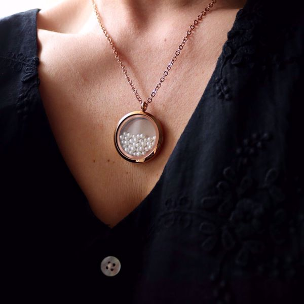 Picture of Pearls and Rose locket necklace | rose gold