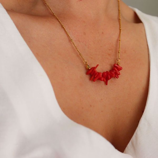 Picture of Red coral necklace