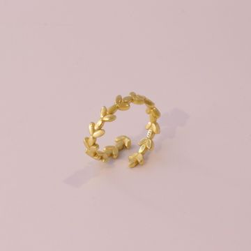 Picture of Hera ring | golden